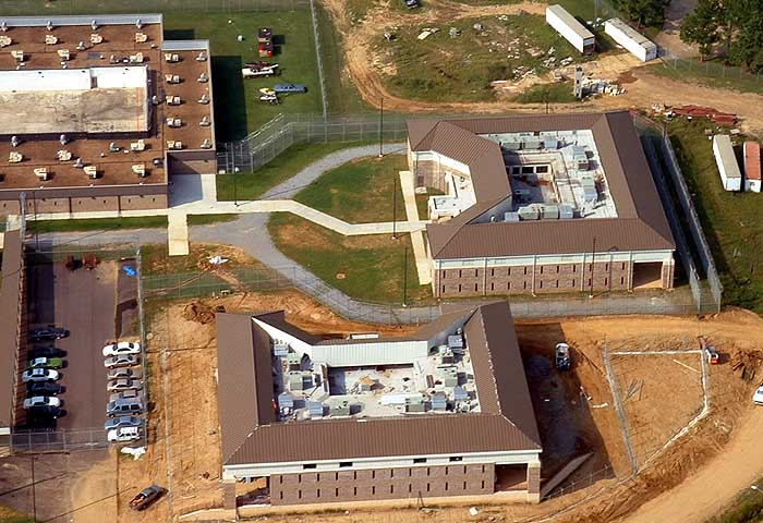 Government Facilities Independent Roofing Systems